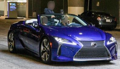 Снимки на серийния кабриолет Lexus LC се появиха преди премиерата
