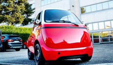 Швейцарците ще пуснат копие на микрокара BMW Isetta