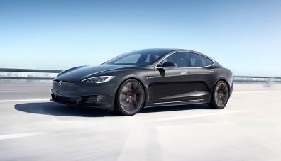 Tesla увеличи мощността на Model S – ще изпреварва Porsche Taycan