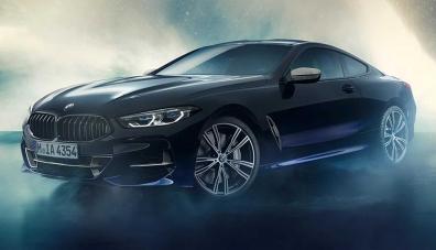 BMW украси салона на M850i с частици от метеорит