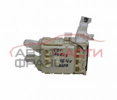 Бушонно табло Toyota Auris 1.6 VVT- i 124 конски сили 82730-02140