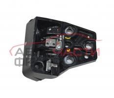 Предна лява брава твърд таван Renault Megane 1.9 DCI 120 конски сили 8200220670