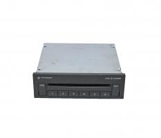 CD чейнджър VW Phaeton 5.0 V10 TDI 313 конски сили 3D0035110