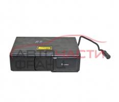 CD чейнджър Audi A8 2.5 TDI 150 конски сили 4B0035111A