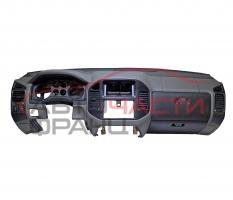 Арматурно табло Mitsubishi Pajero 3.2 DI-D 160 конски сили