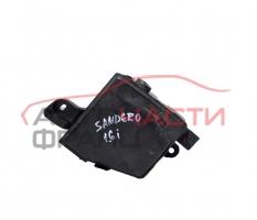 Кутия бушонно табло Dacia Sandero 1.6 16V 105 конски сили 8200738818