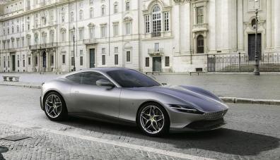 Ferrari представи нов спортен автомобил в ретростил