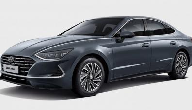 Hyundai представи Sonata със слънчеви батерии