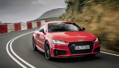 """Audi TT остана с един двигател и """"по-слаба"""" спортна версия"""