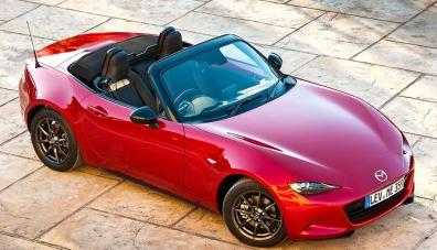 Mazda подобри роудстъра MX-5: той става по-мощен и по-безопасен
