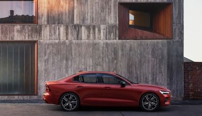 Представиха първия Volvo без дизел – новия седан S60